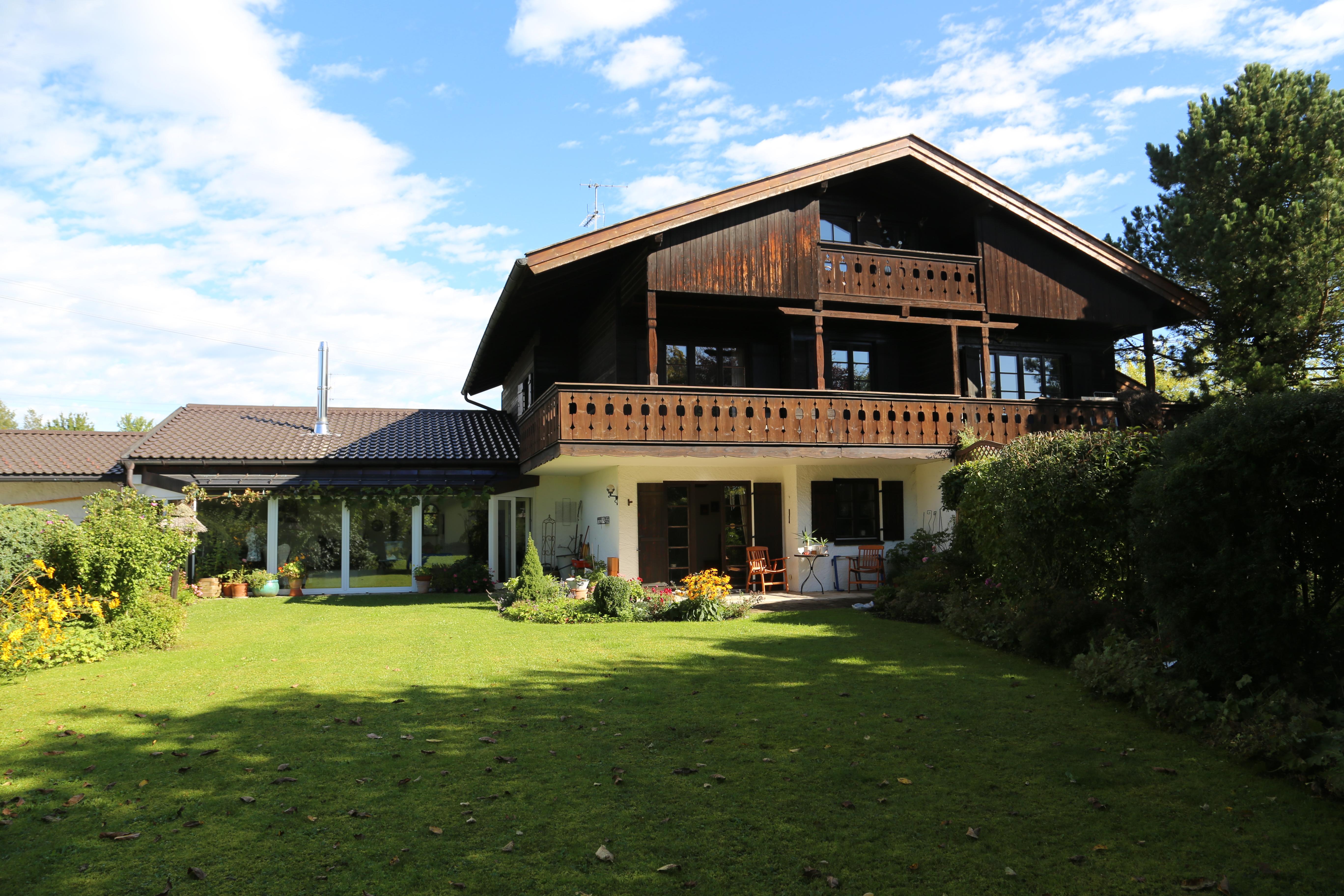 3172131 doppelhaush lfte in breitbrunn am chiemsee zu verkaufen. Black Bedroom Furniture Sets. Home Design Ideas